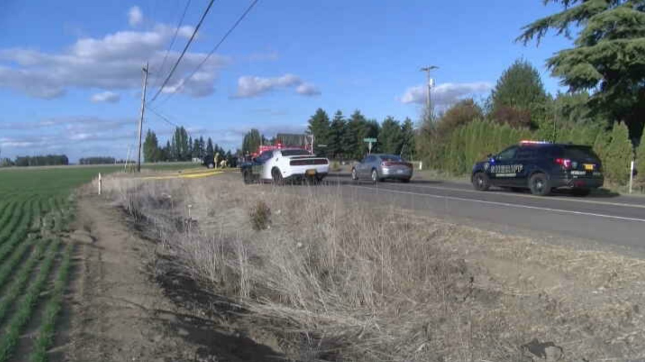 Head-on crash outside Salem - KATU photo