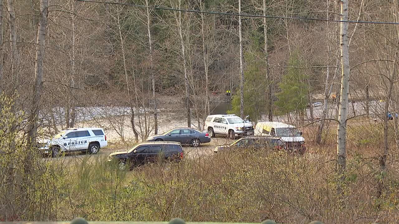 Deputies investigate the death of a man near Orting on Monday, March 12, 2018. (KOMO File photo)