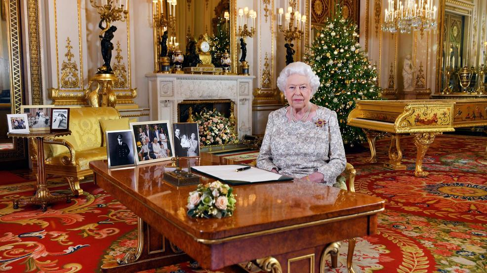 queen elizabeth ii riffs on wisdom familys busy year komo