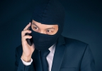 Fraud Alert: Identity Thieves Hijack Mobile Phone Accounts