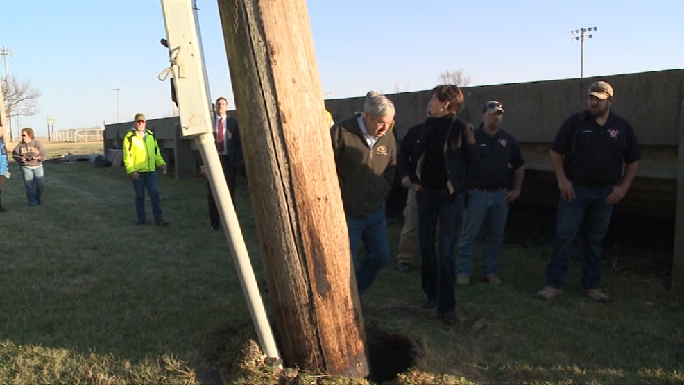 Governor and Lt. Governor Impressed with Clean-up Efforts in Seymour
